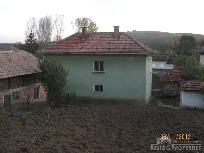 Casa in vendita vicino a vratsa for Piani casa ranch con seminterrato finito