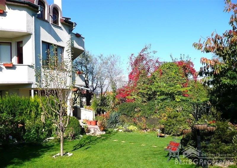 Casa di lusso in vendita a varna for Piani di casa sotto 600 piedi quadrati
