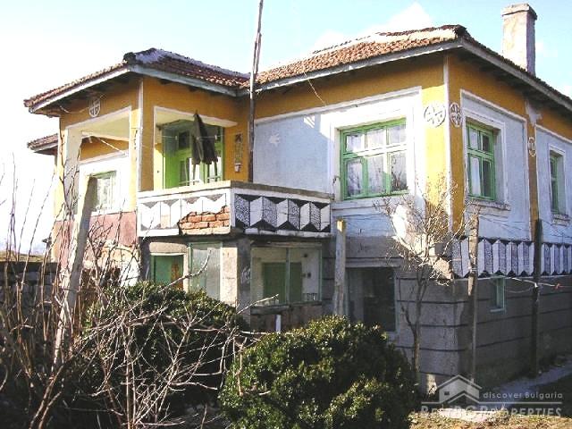 casa a due piani in vendita